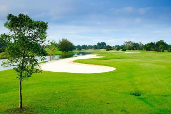 Tanjong Puteri Golf Resort Straits